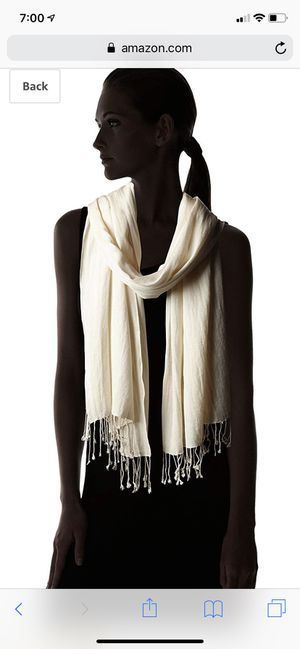Betsy Johnson Women's Ivory Cashmere/Silk Real Pashmina, brand new for Sale in Bellevue, WA