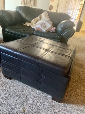 Storage ottoman for Sale in Clovis, CA