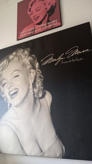 Marilyn Monroe pics for Sale in Oklahoma City, OK