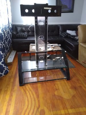 Glass TV mount/entertainment center for Sale in San Marcos, TX