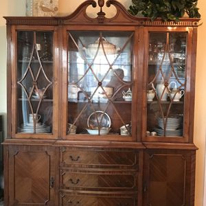 Antique Cherry China Cabinet for Sale in Lakeside, CA