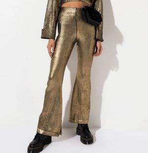Metallic Knit Pants in Gold or Silver Brand New for Sale in Virginia Beach, VA