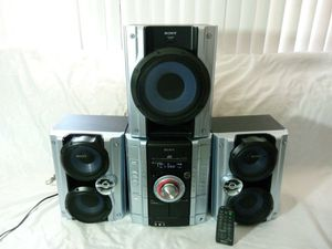 Sony mhc-gx450 stereo system with subwoofer for Sale in La Habra, CA