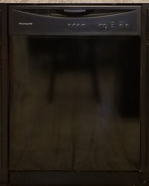 Frigidaire Dishwasher for Sale in Alvin, TX