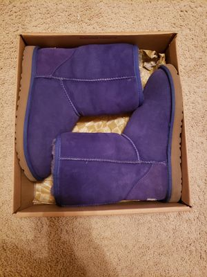 Ugg boots size 8 for Sale in Raleigh, NC