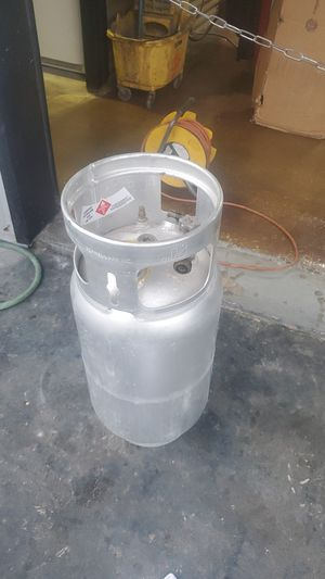 Forklift tank filled. Never used bought new 1 year ago for Sale in St. Petersburg, FL