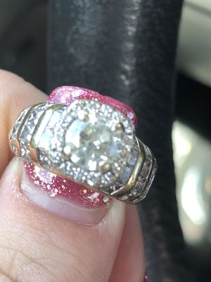 14kt White and yellow gold diamond wedding ring for Sale in Brentwood, TN