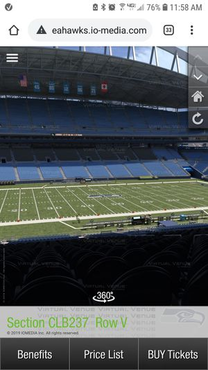 2 Under Cover Club seats Seahawks vs Vikings MONDAY NIGHT FOOTBALL for Sale in Bremerton, WA