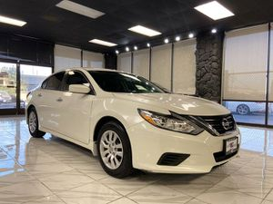 2016 Nissan Altima for Sale in Pittsburg, CA