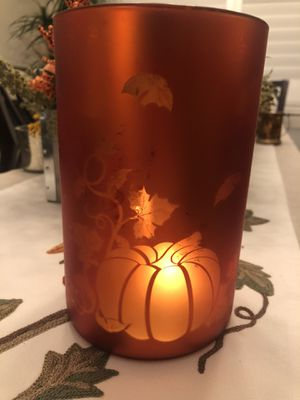 Beautiful Glass Thanksgiving /Fall Candle Holder-Kohl's with Tag Attached for Sale in Diamond Bar, CA