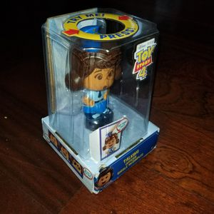 """Talking Officer Giggle McDimples Electronic Talking Head Spin Action Figure Figurine Toy Story 4 Disney Pixar 20+ Phrases/sounds 5.5"""" for Sale in Whittier, CA"""