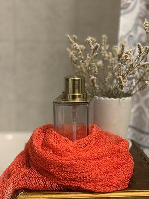 Body Scrub Exfoliator - RED (African bath sponge) for Sale in Arlington, TX