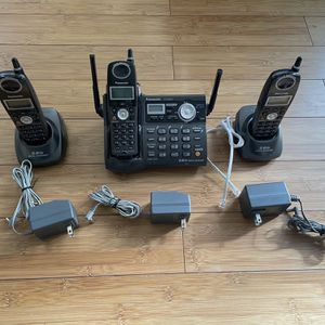 3 Set of Panasonic Cordless Phone and Answering Machine KX-TG5673 with Rechargeable Batteries in Great Condition for Sale in Richmond, CA