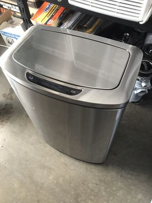 Trash can $35 for Sale in Downey, CA