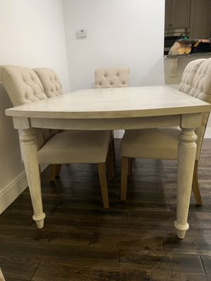 Dinning table. It is great condition it cames with 6 chairs for Sale in Fairfax Station, VA