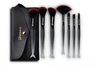 7pcs mermaid makeup brushes set with cosmetic pouch LA Makeup for Sale in Los Angeles, CA