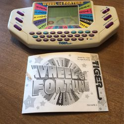 Tiger Electronics - Wheel Of Fortune Game for Sale in Providence,  RI