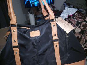 Vlgoo duffle bag for Sale in Bakersfield, CA