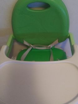 Chicco,POCKET SNACK,Lime Green,Toddlers. for Sale in Wichita,  KS