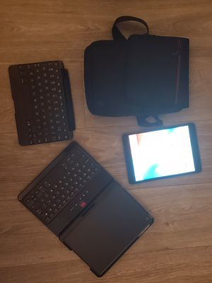 iPad Mini w Extras for Sale in Phoenix, AZ