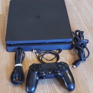 PS4 Slim 500G + Controller + Cords + A Game for Sale in Miami, FL
