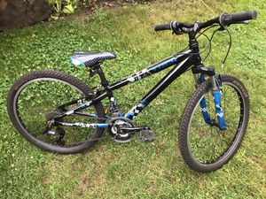 Youth Boys Trek MT220 21 speed mountain bike with shocks for Sale in Portland, OR