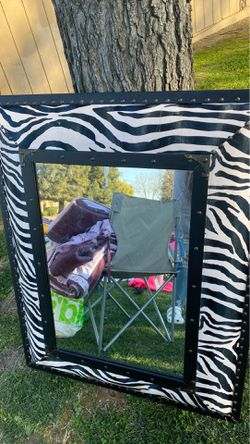 Mirror for Sale in Reedley,  CA