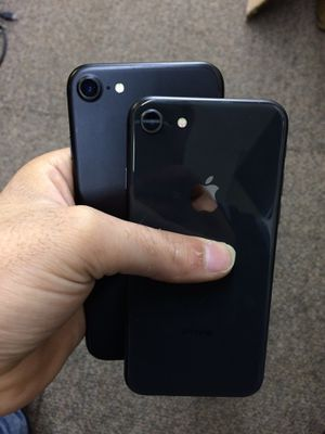iPhone 8 factory unlock with 2 month warranty @ Julian wireless for Sale in Columbus, OH