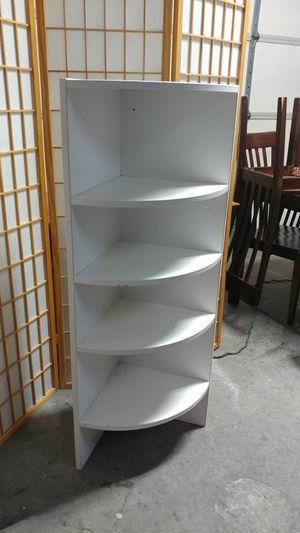 Corner shelf .heave ,strong and sturdy. for Sale in Las Vegas, NV