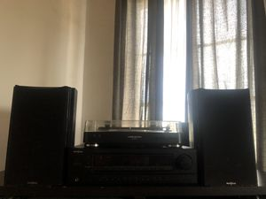 Turntable, stereo amp, and 2 speakers for Sale in Los Angeles, CA