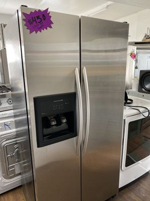 KITCHEN AID COUNTER DEPTH REFRIGERATOR STAINLESS STEEL for Sale in Covina, CA