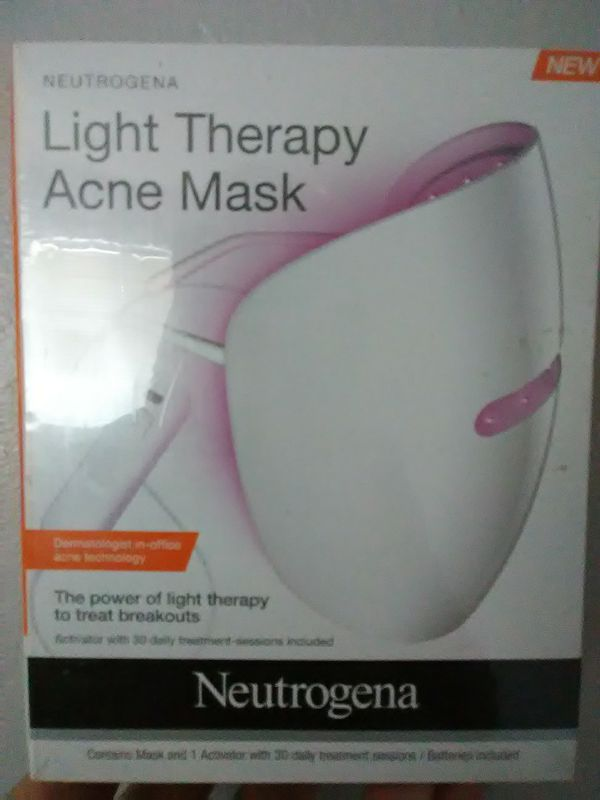 Neutrogena acne face mask. Still wrapped in plastic never open
