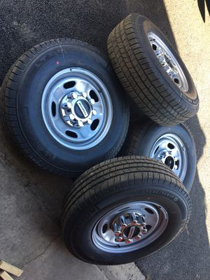 New set of tires and wheels for Sale in Carol Stream, IL