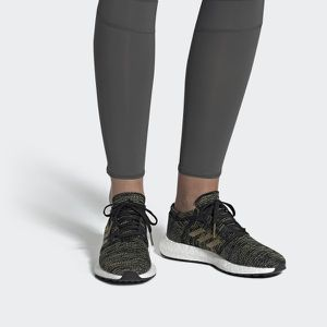 Adidas women's pure boost go 7.5 new no box for Sale in Solon, OH