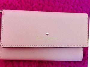 Kate Spade wallet for Sale in Norwich, CT
