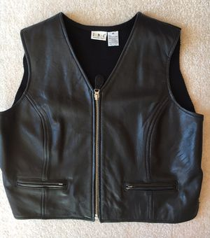 Leather vest, ladies, medium for Sale in Charles Town, WV