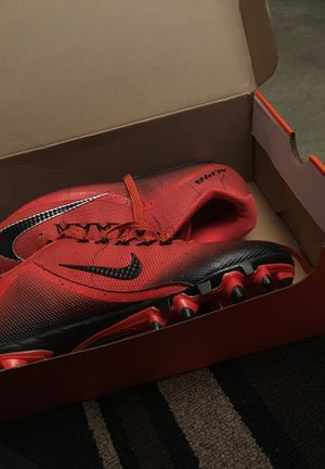 Good Nike football shoes size11 for Sale in Harvard, NE