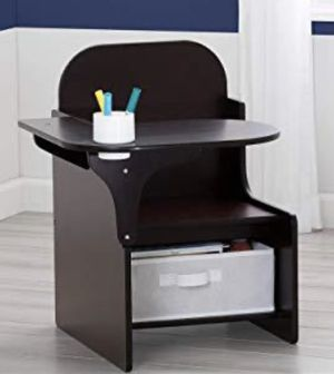 Desk - toddler for Sale in San Lorenzo, CA
