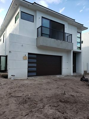 HURRICANE IMPACT-RESISTANT GARAGE DOORS/ CUSTOM DOORS for Sale in Gulf Stream, FL