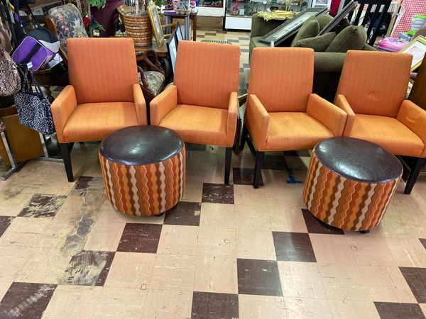 4 chairs 2 ottomans; Orange