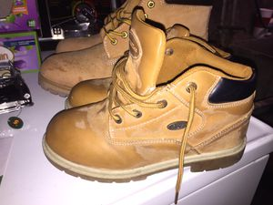 Boys & Girls Lugz Boots! Size 9-10? for Sale in Syracuse, NY