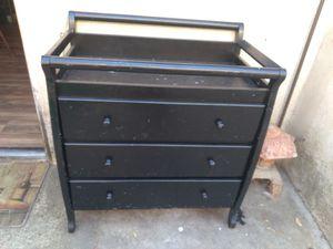 Baby dresser for Sale in Hemet, CA