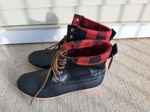 Black red plaid rain boots size 11 for Sale in Nashville, TN