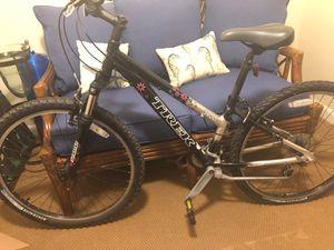 3900 trek alpha aluminum bike for Sale in Sudbury, MA