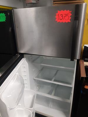 KENMORE STAINLESS STEEL TOP FREEZER FRIDGE WORKING PERFECTLY W/4 MONTHS WARRANTY DELIVERY AVAILABLE for Sale in Baltimore, MD
