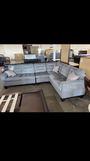 New sectional sofa for Sale in Dallas, TX