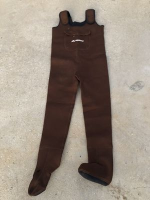 Angle Brown Neoprene Chest Waders/ Fishing Suite for Sale in Los Angeles, CA