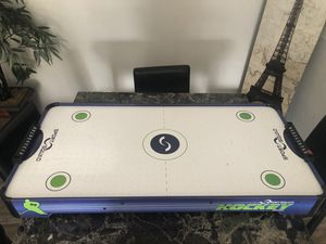 Table top air hockey for Sale in Orlando, FL