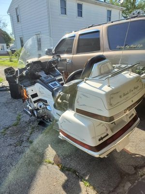 97 Honda gold wing for Sale in Toledo, OH