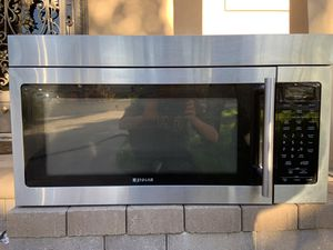 Jenn-Air Microwave Range Hood Combination for Sale in Burbank, CA